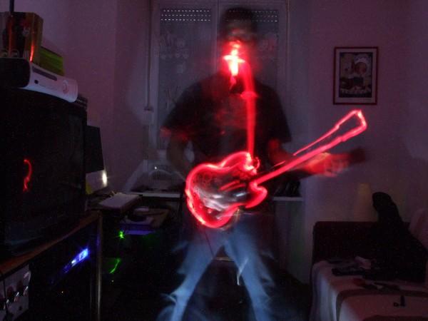 Guitare aux néons