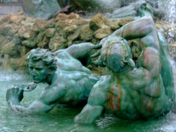Toujours la Fontaine des Girondins (Détails 1)